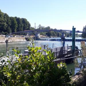 Croisière commentée sur la Marne et le monde de la batellerie @ Alfortville